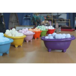 Kleine Keramikbadewanne - lila mit süßen...